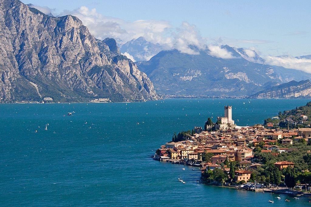 Lago di Garda co zobaczyć, przewodnik po Sirmione i Grotte di Catullo